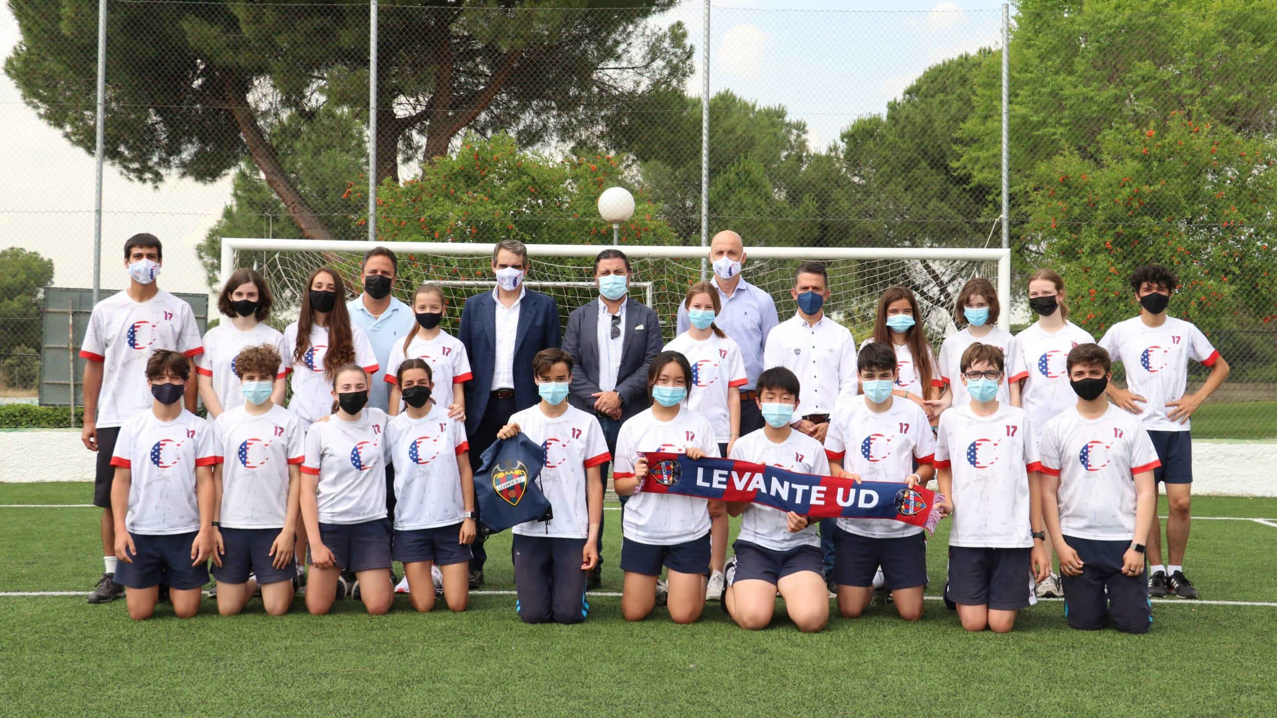 Casvi Football Academy y Global Football Total firman su primer acuerdo con un proyecto internacional que fusiona la formación académica y deportiva